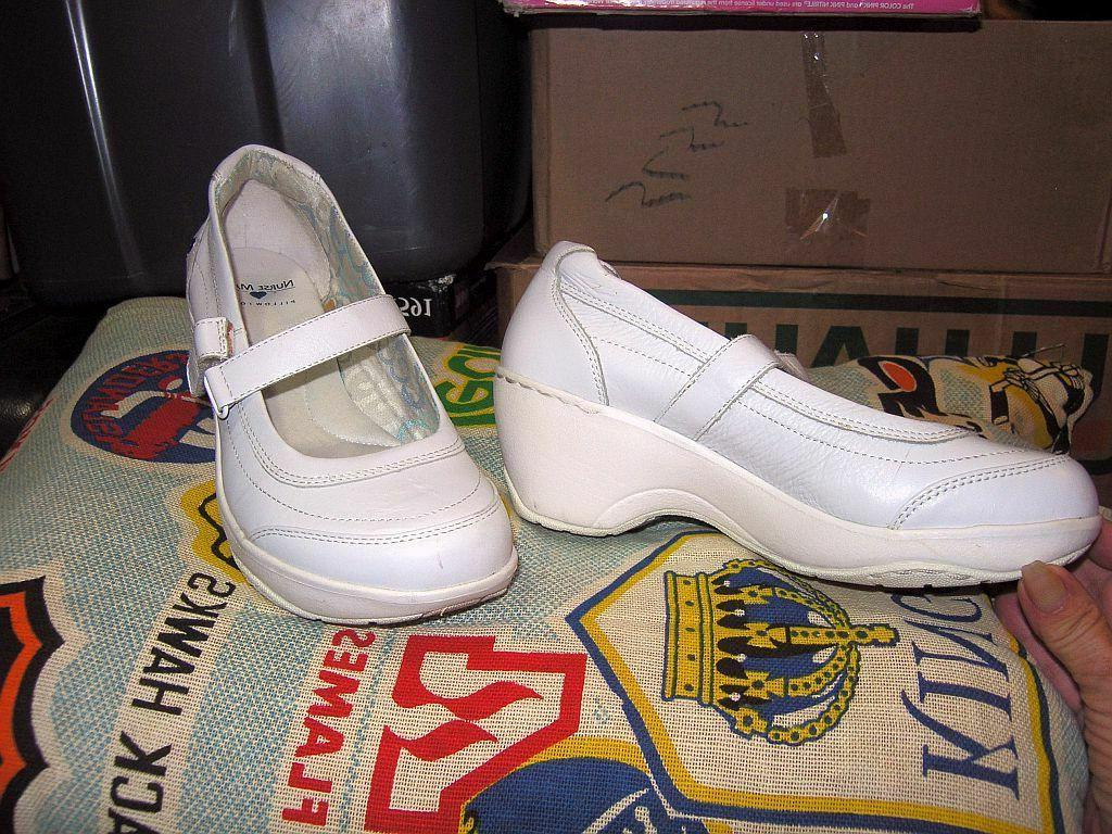 white leather mary janes wedges shoes sz