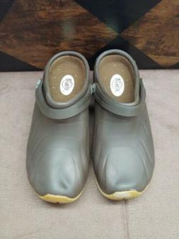 Women's Shoes by Anywear Clog like shoes Size 6  Brown Nursi